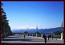 la Via Marina di Reggio Calabria Climate of Reggio Calabria, a summer that lasts 12 months a year